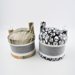Chinese  Plastic Stretch Caterpillar Bong Water Pipes Travel Stretch Smoking Pipe Skull Pattern Flexible Hookahs Shisha with Color Box 2 Colors manufacturers