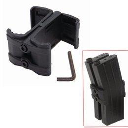 Vente en gros Coupleur à chargeur double AR / M4 Mag Link Chasse NOIRE