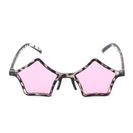 78ed502ff82 2018 Retro Sunglasses Men Women Vintage Spectacles Newest Fashion Star  Geometric Frame UV400 Brand Designer