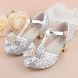 17093c322 Girls Princess Shoes 2018 New Spring Summer Bowknot Kids Wedding Sandals  for Children Party Shoe High-heeled size 27~37