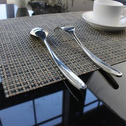 Kitchen Place Mats Australia - 4pcs set PVC line weaving Plastic Placemats for Dining Table Runner Linens place mat in Kitchen Accessories Cup Wine mat