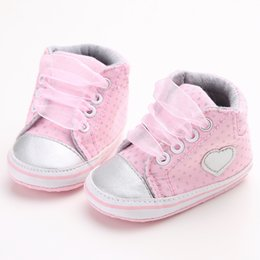 6d8deb7f394782 Rosa Polka Dot Baumwolle weiche Sohle Baby Schuhe Lace-up Frühling   Herbst  erste Wanderer Neugeborenen Kleinkind Krippe Mädchen Schuhe Großhandel