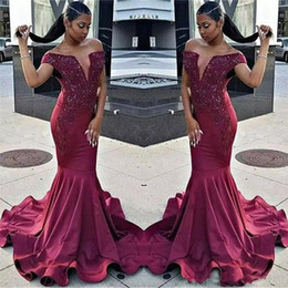 sexy images grils UK - Burgundy Off The Shoulder Mermaid Prom Dresses 2018 Black Grils Lace Appliques Beaded Evening Gowns African Formal Celebrity Party Wear