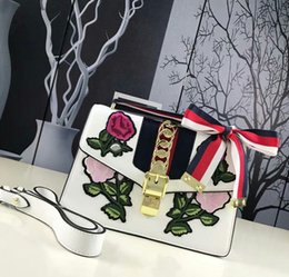 Wholesale Limited edition embroidery trumpet bag new ladies shoulder diagonal handbag bow chain decoration wild fashion Sevier