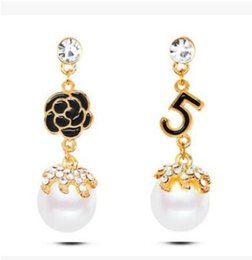 Chinese  Pearl Number 5 Long Dangle Chain Famous Brand Designer Luxury Jewelry Jewlery Brincos Orecchini Earrings For Women manufacturers