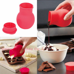 wholesale melting pots Canada - Wholesale- Practical Silicone Chocolate Melting Pot Mould Butter Sauce Milk Baking Pouring