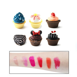 $enCountryForm.capitalKeyWord Australia - Christmas Secret Santa Lipgloss Cupcake Lip Gloss Balm 6 Flavoured Glosses Balm Lipstick Cake Chocolate Cherry Strawberry Cream Cosmetic
