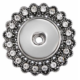 Discount elegant scarves - 3Pcs Vintage Crystal Flower Snap button Pins Elegant Women Silk Scarf Clip Buckle 18mm Rhinestone Snap Button Jewelry 20