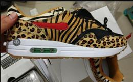 Воздушная подушка 1 кроссовки DLX ATMOS животных леопарда печати мужчина женщины кроссовки, aq0928-700