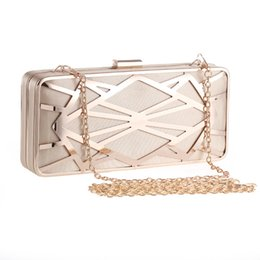 $enCountryForm.capitalKeyWord UK - 2017 New Clutch Female Diamonds Metal Hollow Out Style Women Evening Bags Alloy Mixed Color Chain Shoulder Purse Handbag