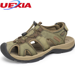 Chinese  New 2017 Leather Toe Protect Shoes Flat Heels Beach Casual Men Sandals Summer Comfortable Breathable Outdoor Sandalias Plus Size manufacturers