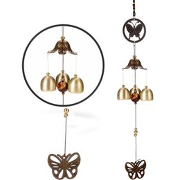 Discount butterfly wind chimes - Butterfly Wind Chimes Classical Metal Copper Wind Bells Hanging Decor Outdoor Indoor Garden Bells Ornaments Souvenir Fre