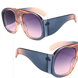Wholesale New Women Fashion Luxury Glasses Oversize Round Female Sun glasses Eyeglasses Hit Color Brand Designer UV400