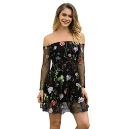Chinese  Embroidery Evening Dress Floral Printed Strapless Slash Neck Sexy Beach Boho Above Knee Length Dress For Summer manufacturers