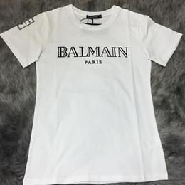 fdef0f702b762 Männer und Frauen 2018 Auf Verkäufen! T-Shirts der Marken-Paris-Frauen  Baumwolle Oansatz Dame Hemden Rotkehlchen balck weiße Farbe.