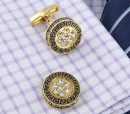 $enCountryForm.capitalKeyWord Canada - New Gold Plated French Cufflinks Gold Great Wall Pattern Men's Cuffs Round Cufflinks For Gift And Decor