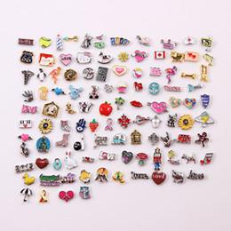 Großhandel 200 teile / los MIX Verschiedene Designs Emaille Charme Schwimmdock Charm Für Schwimmdock Living Medaillon