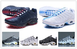 Boots shock online shopping - 2018 NEW Cushion TN Plus Running Shoes sneakers Classic Outdoor Sneaker TN Black White Grey Sport Shock Sneakers