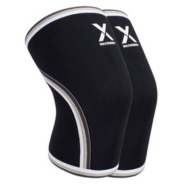 Discount patella knee protector - High Quality Performance Knee Sleeve Compression Kneepad Knee Support Brace Protector Pads Patella Guard Posture Correct