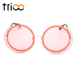 cute eyewear UK - TRIOO Pink Round Sunglasses for women Cute Clear Color Shades Eyewear Ladies 2018 New Metal Retro Sun Glasses Oculos Female
