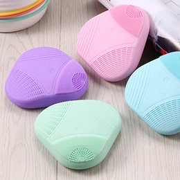 Wholesale TM S032 electric Sonic Silicone Face Clenaser brush Deep Cleansing Massager Portable Facial cleanser USB Rechargeable IPX6 Waterproof brush