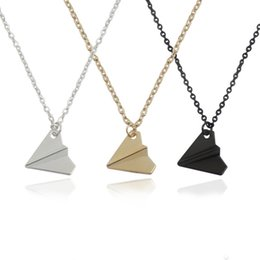 $enCountryForm.capitalKeyWord UK - Dreamlikelin One Direction Origami Plane Pendant Necklaces black Gold Silver Plated Tiny Aircraft Simple Fashion Jewelry