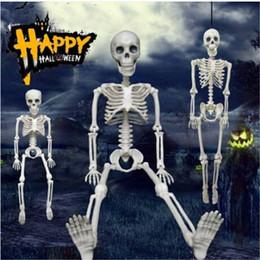 Ingrosso Spedizione gratuita Posable Skeleton Halloween Decor Scary Man Osso Creepy Party Decoration Colorful Happy party decorazione fai da te