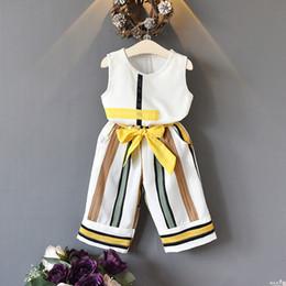 Toptan satış Kızlar Giyim Setleri 2018 Yeni Yaz Moda kızlar kolsuz Ekleme tasarım T-shirt + Rahat pantolon 2 Adet Kız Giysileri