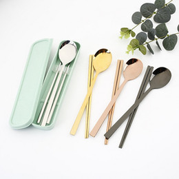 korean dinnerware UK - New Arrival Wheat Straw Tableware Box with 304 Stainless steel Dinnerware Sets Spoon and Chopsticks sets 4 colors Available Free shipping