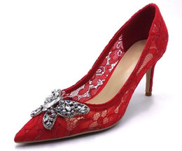 $enCountryForm.capitalKeyWord UK - Pink Red Lace Embroidery Women High Heels Shoes Crystal Butterfly Knot Bridal Wedding Shoes Pointed Toe Women Pumps