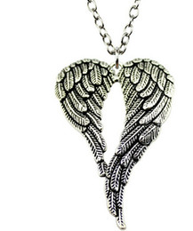 $enCountryForm.capitalKeyWord UK - Fashion 20pcs lot Tibetan Silver Vintage Big Double Angel Wings Charms Pendant Chain Sweater Necklace Jewelry DIY
