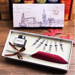 Antique Steel Box Canada - Antique Quill Feather Dip Pen Writing Ink Set Stationery Gift Box with 6 Nib Wedding Gift Quill Pen Fountain Pen Mother's Day