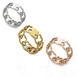 2018 Mujeres de Acero Inoxidable calientes Anillos de dedo Tamaño 6.7.8.9 anillo lindo del oso plateado mujeres banda ancha anillos de dedo huecos