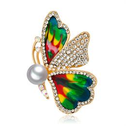 $enCountryForm.capitalKeyWord NZ - Fashion Upscale Korean Diamond Drop Brooch Butterfly Pearl Corsage Buckle Clothing Vintage Alloy Rhinestone Pin Fashion Jewelry Women Gift