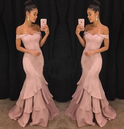 Wholesale Sexy Off Shoulder Long Prom Dresses Tiered Ruffles Sweep Train Long Formal Evening Gowns Mermaid Party Dress Cheap