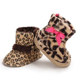 China Infant Toddler Baby Girl Leopard Bowknot Snow Boots Soft Sole Mocassins Kids Girls Winter Warm Crocheted Boots Shoes Booties supplier infants crocheted booties suppliers