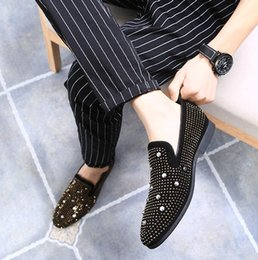 $enCountryForm.capitalKeyWord Canada - Brand Designer luxury Men Loafers Low-heel Glittering Rhinestone Rivet Spike Mens dress Shoes Slip On Big Size 37~46