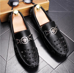 $enCountryForm.capitalKeyWord NZ - NEW style Italy Style Fashion Men's black rivet Genuine Leather Loafers Men Casual Dress Flats Shoes Man Rivet Wedding Party Shoe G025