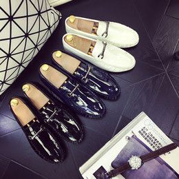 flat shoes korean styles 2018 - Free freight spring and autumn new style men's shoes, Korean version of the fashionable doudou men driving lazy fla