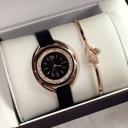 Watches marca online shopping - 2018 New Luxury rose gold women leather watch Fashion lady dress watch with rolling diamond Women watch famous brand Relojes De Marca Mujer