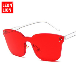 $enCountryForm.capitalKeyWord NZ - LeonLion 2018 Ocean Lens Sunglasses Women One-piece Glasses Women Men Outdoor Sun Glasses UV400 Oculos Lunette Femme Shopping