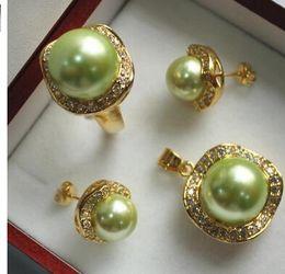 $enCountryForm.capitalKeyWord Australia - Free Shipping noble jewelry set 18KGP+10mm green shell pearl,ring, pendant & stud earring 1 order