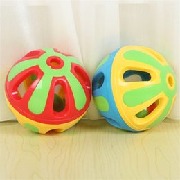 Wholesale Plastics Lovely Children Baby Hand Bell Rattles Funny Intelligence Toys Educational Develop Toys For Infant Hot Sale