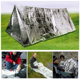 Silver inSulation online shopping - Outdoor Silver Foil Tents Wind Proof Shelters Oversize Insulation Living Blanket Sleeping Emergency Anti Heat Hiking Tents GGA642