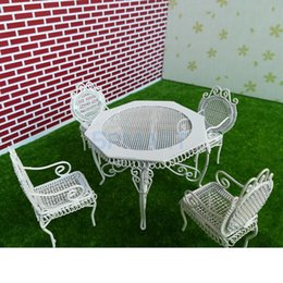 Wholesale 1 Scale Dollhouse Miniature Furniture White or Black Octagonal Table with Chairs Model Set for th Dolls House Accessory