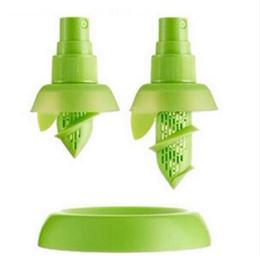 Free kitchen supplies online shopping - Kitchen Accessories Lemon Juice Sprayer Fruit Citrus Spray Mini Squeezer Hand Juicer Cooking Tool Supplies Kitchen Gadgets DHL