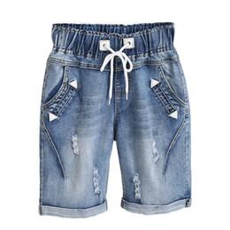d2d4bf1414 Plus la taille 4XL 5XL Capris Lace Up Denim Jeans Femme Été Midi Sarouel  Pantalon Pantalon Femme Stretch Ripped Jeans Pour Femmes C3200