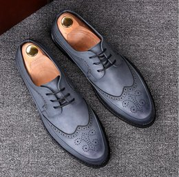 rubber carving NZ - spring New mens dress shoes loafers wedding dance shoes bullock carving casual shoes size 38-43 231