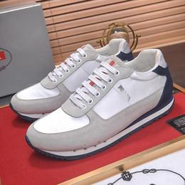 ec88edf75 2018 зимняя повседневная мужская обувь работает дизайн кроссовки спортивная  обувь мода итальянский тренд на открытом воздухе ходьба модная обувь PRA  бренда