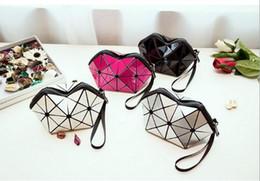$enCountryForm.capitalKeyWord NZ - 2018 New Fashion Zero Wallet PU Leather Plain Handbag Simple Geometric Rhombus Zipper Wrist Bag Wholesale